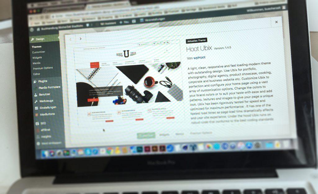 Theme Hoot Ubix WordPress